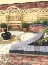 <h5>Lanscaping22</h5><p>Landscaping in Coventry</p>