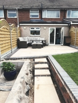 <h5>Lanscaping28</h5><p>Landscaping in Coventry</p>