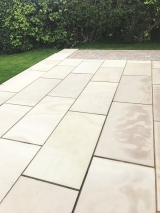 <h5>Lanscaping2</h5><p>Landscaping in Coventry</p>